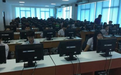 โปรแกรมวิชาปรัชญาฯ จัดสอบปลายภาคด้วยระบบ E-testing ในรายวิชาวิถีแห่งชีวิต ภาคการศึกษาที่ 2/2557