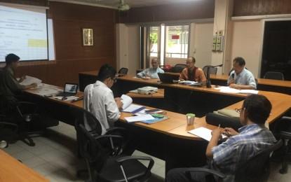 โปรแกรมวิชาปรัชญาฯ จัดประชุมทวนสอบผลสัมฤทธิ์ ภาคการศึกษาที่ 1/2558 ของหลักสูตรสาขาวิชาพุทธศาสนศึกษา